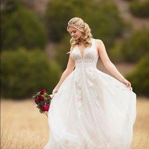Essense of Australia D2607 Boho Wedding Dress